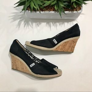 TOMS Classic Wedge Sandal